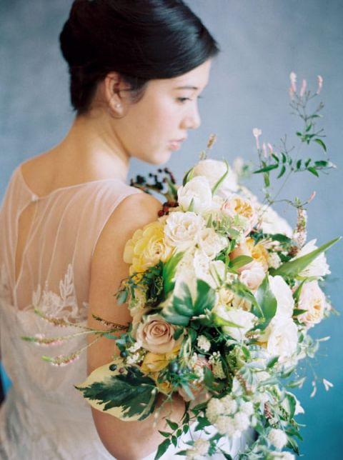 Exquisite Artistic Bride | Rebecca Hollis Photography | https://heyweddinglady.com/lush-fine-art-wedding-florals-spring/