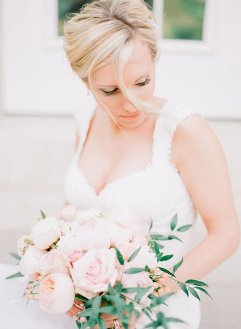 Ethereal Southern Bride | Jordan Brittley Photography | https://heyweddinglady.com/luminous-spring-garden-wedding-ilac-gray-blush/