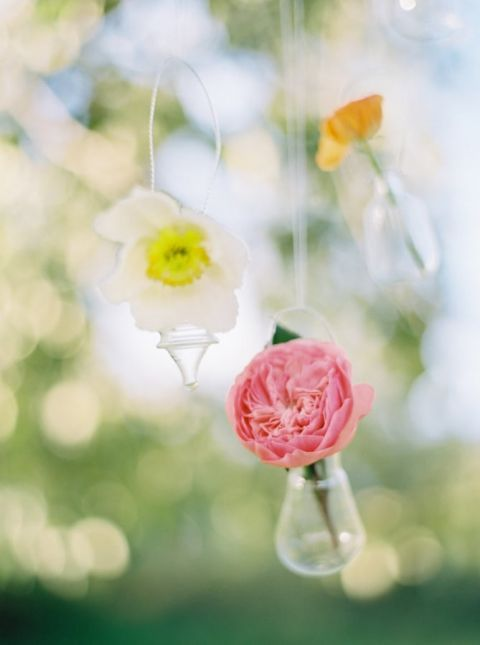 Hanging Flowers for a Romantic Garden Wedding