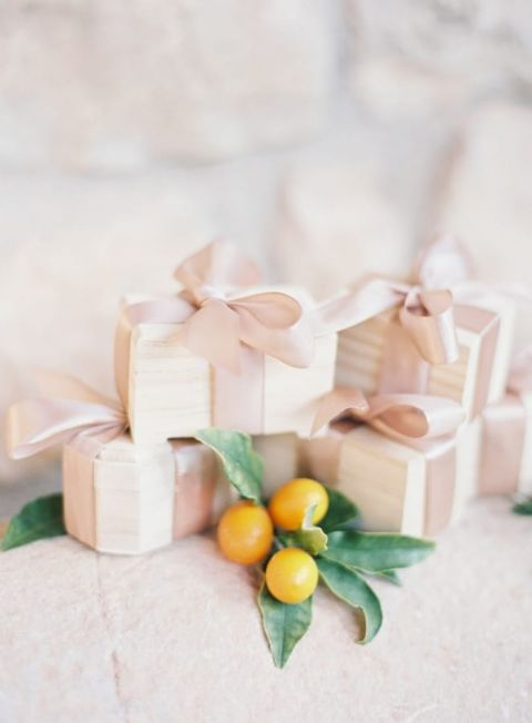 Wedding Favors with Silk Ribbon and Kumquat Details