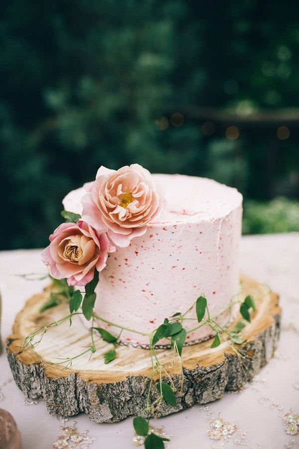 Wedding Cake Ideas For Summer Wedding : Fresh Summer Wedding Cake Ideas - Hey Wedding Lady
