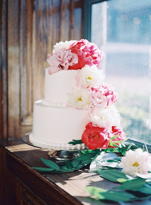 Fresh Summer Wedding Cake Ideas Hey Wedding Lady