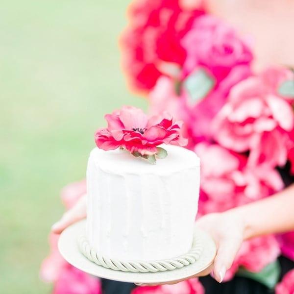 Fresh Summer Wedding Cake Ideas Hey Wedding Lady