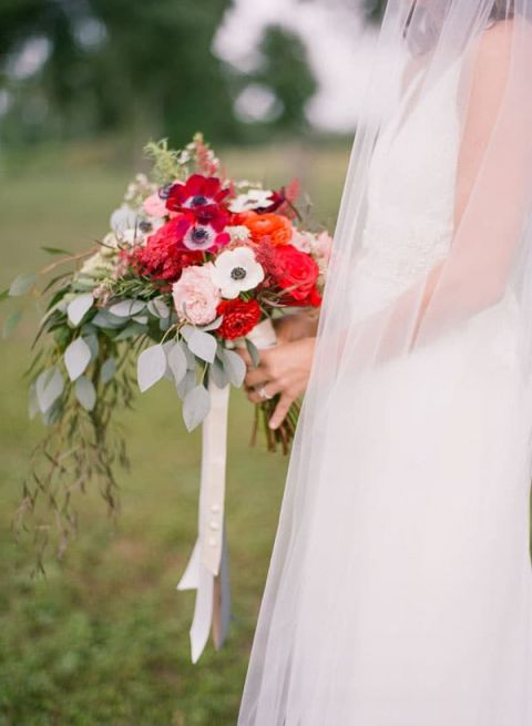 Red and Blush Rustic Bouquet