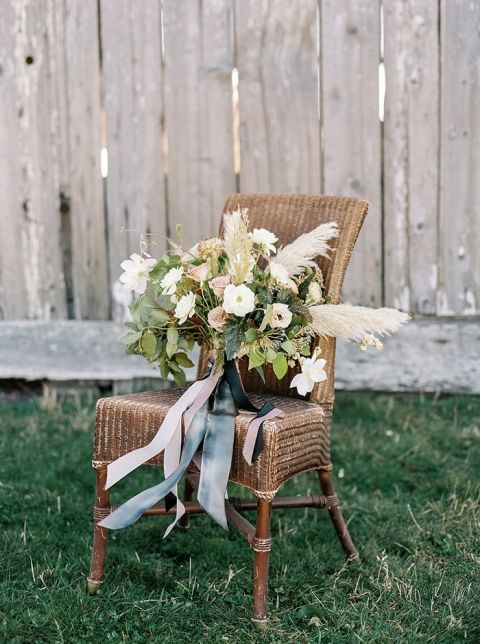 Modern Coastal Bouquet with Pampas Grass