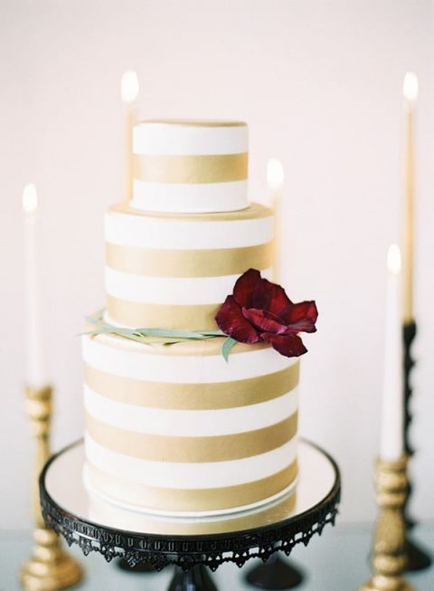 Red And White Wedding Cakes 96 Fancy Preppy Cake with Stripes