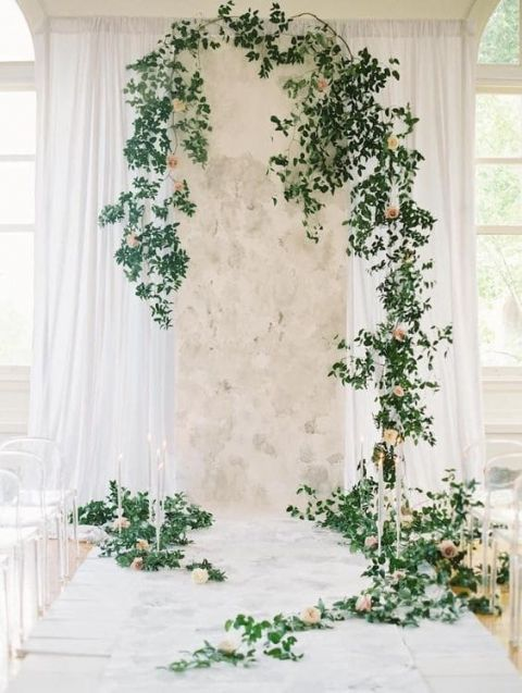 Emerald green wedding ideas with summer peach hey wedding lady garland and floral ceremony decor with a marble runner junglespirit Image collections
