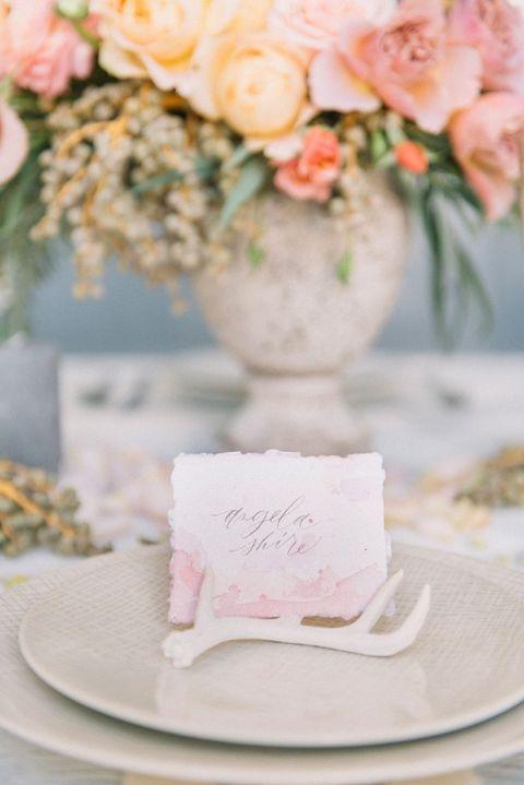 Dip Dye Wedding Ideas in Ombré Peach and Coral | Hey Wedding Lady