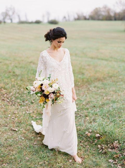 Fall Foliage Meets Vintage Bridal Style | Hey Wedding Lady