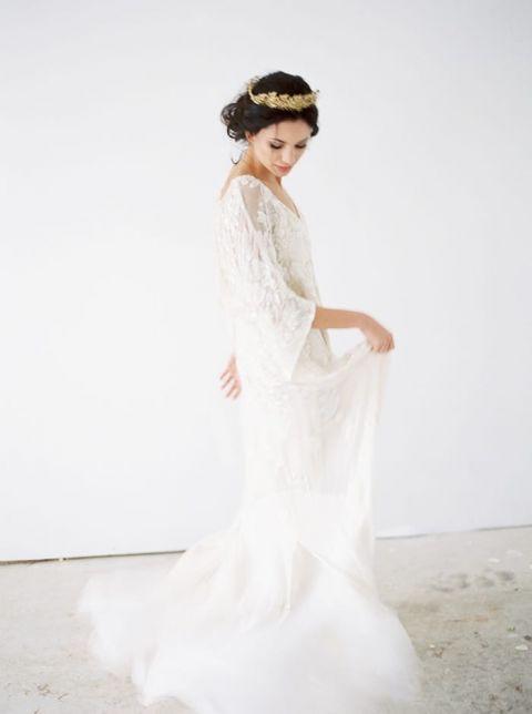 Fall Foliage Meets Vintage Bridal Style - Hey Wedding Lady