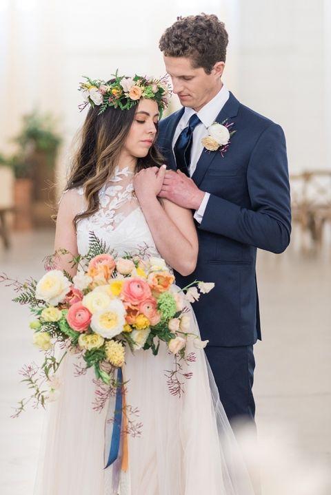 Summer color wedding dresses