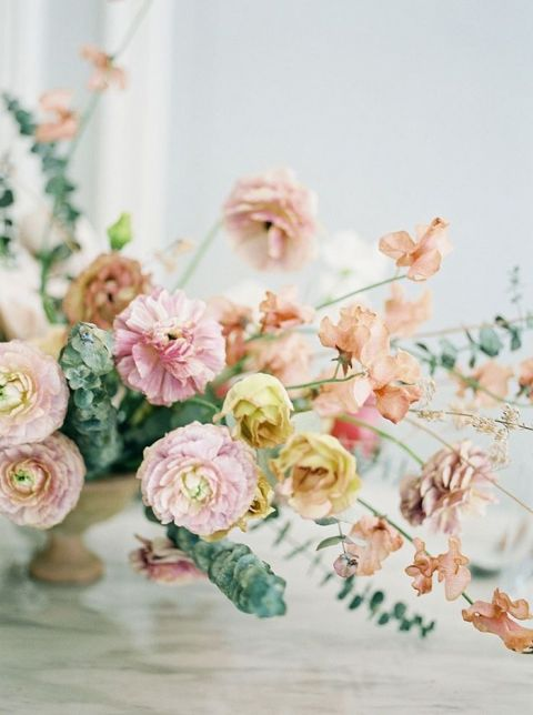 Organic Summer Wedding Flowers in Citrus Shades