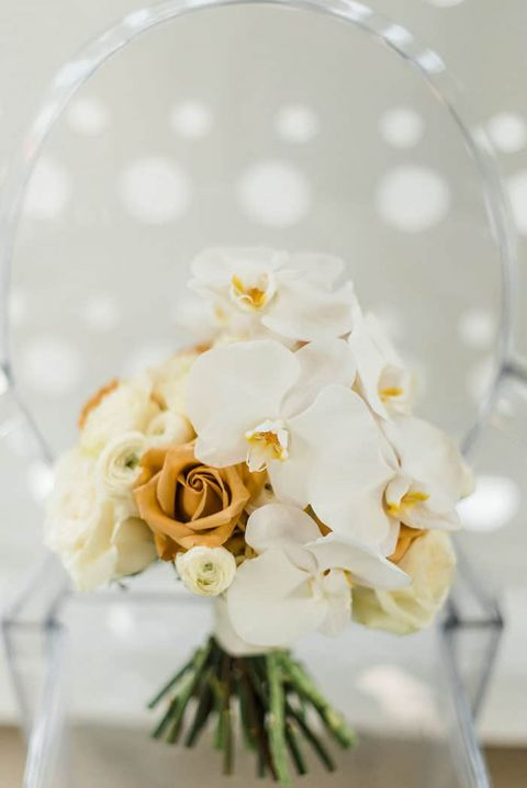Modern White and Gold Bouquet