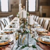 Elegant Blue and Gold Wedding Table Decor