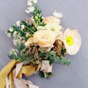 Hints of Peach and Yellow for an Early Spring Bouquet
