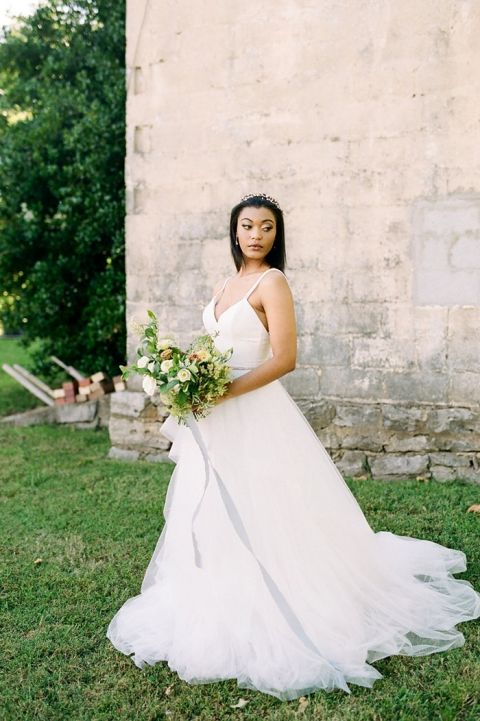 Timeless Beauty with a Classic Wedding Dress