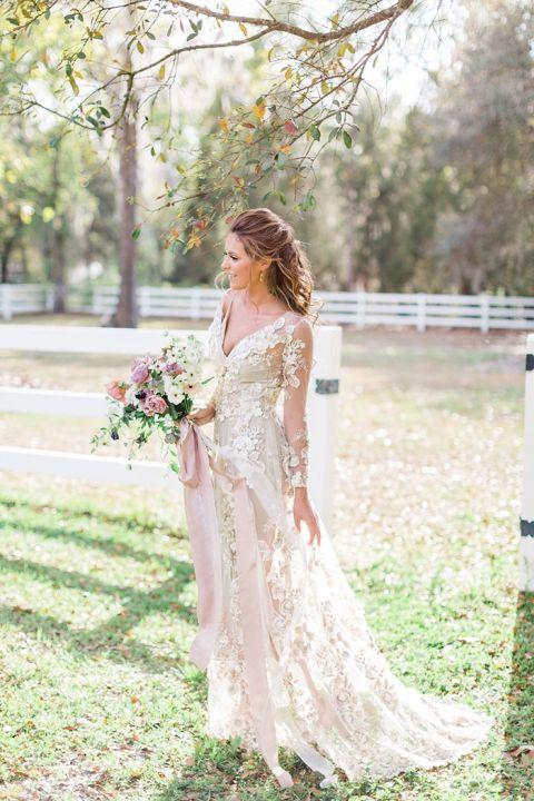 Best Wedding Dress Inspiration of 2017   Hey Wedding Lady