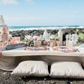 Neutral and Rose Gold Kneeling Sweetheart Table