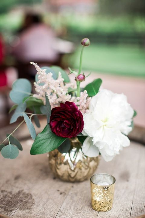 Timeless modern wedding with rustic chic style hey