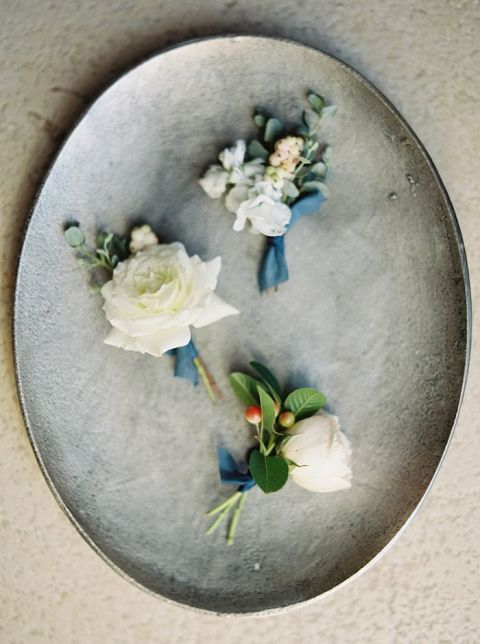 Natural Textures and Flowers for an Industrial Wedding