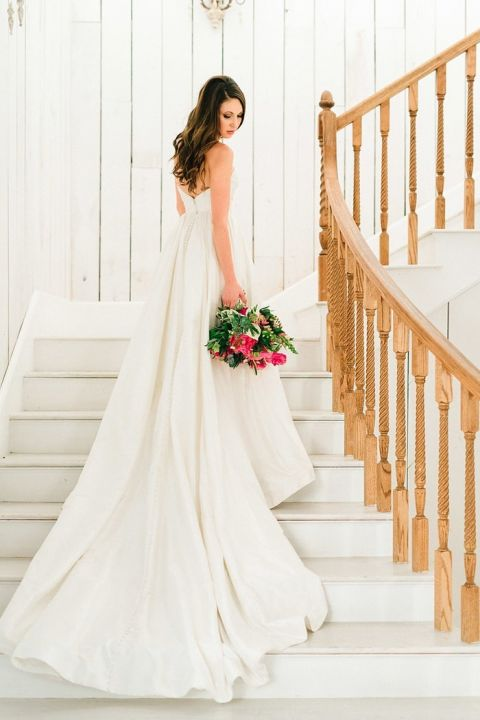 Stylish Southern Bride with a Bold Pink Bouquet at The White Sparrow Barn