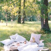 Texas Chic Elopement Picnic with Fun Prints