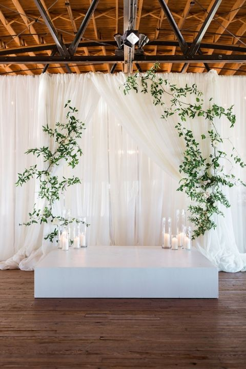 Earthy And Organic Wedding Style With Modern Greenery