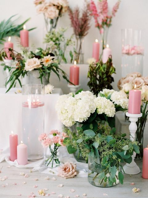 Lush and Romantic Flowers for a Candlelight Wedding Shoot