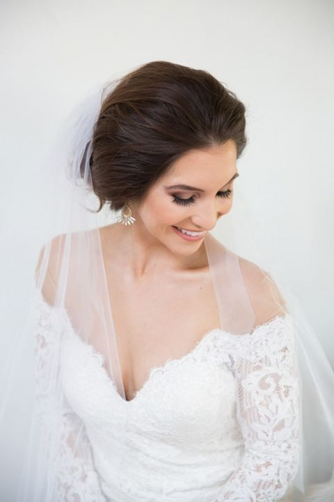 Elegant and Dramatic Smokey Bridal Makeup