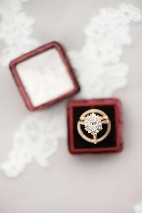 Vintage Art Deco Starburst Engagement Ring