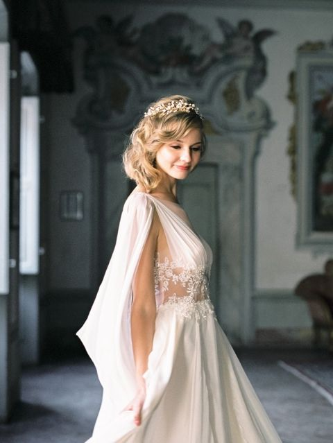 Vintage Elegance for an Old World Villa Wedding