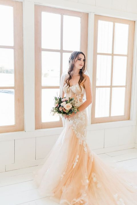 White Barn Wedding Ideas with Sweet Pastels Hey Wedding Lady