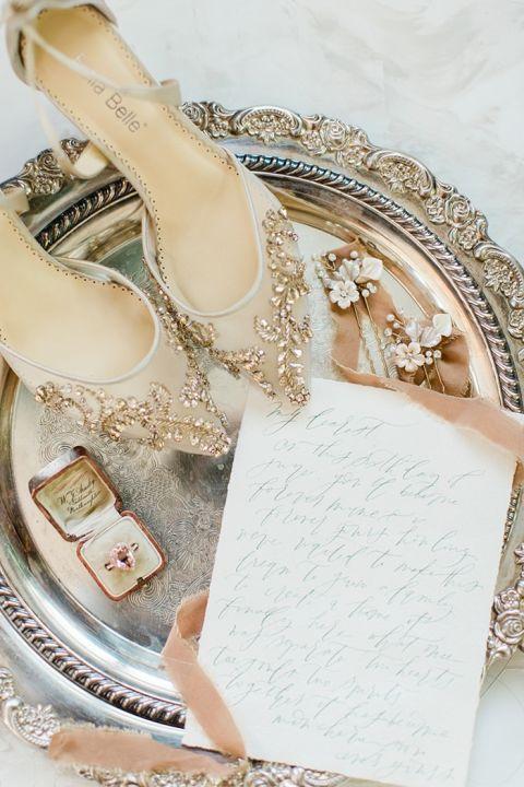 A Bridal Cape for a Fresh Vintage Wedding