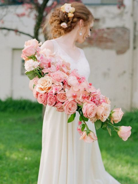 Fresh Floral Ideas with Antique Wedding Style
