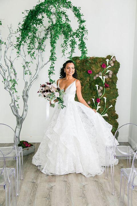 Whimsical Floral Styling For A Modern Garden Wedding Hey Wedding