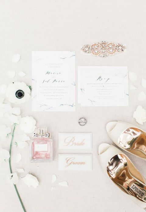 Marbled Invitations for a Modern Minimalist Wedding