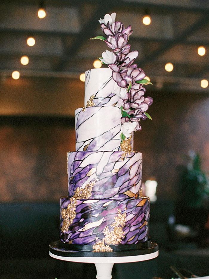 Creative Wedding Cake Ideas Too Sweet to Eat   Hey Wedding ...