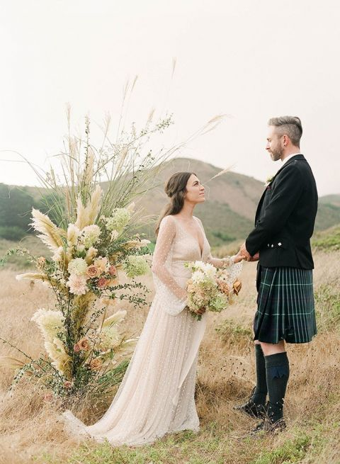 Cozy Winter Scottish Highlands Couple's Shoot in the Bay Area Hi