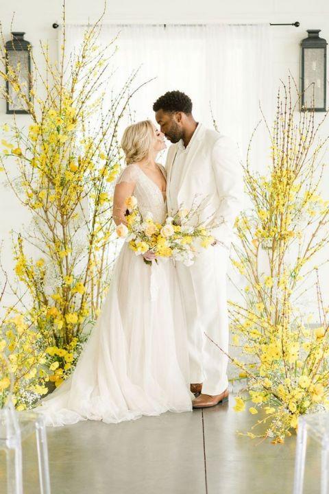 Fresh Summer Illuminating Yellow Pantone Wedding Ceremony Design